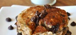 Tortitas de avena con chocolate y plátano